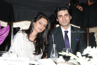 Fawad Afzal Khan & his wife Sadaf, having dinner - Pakistan celebrities