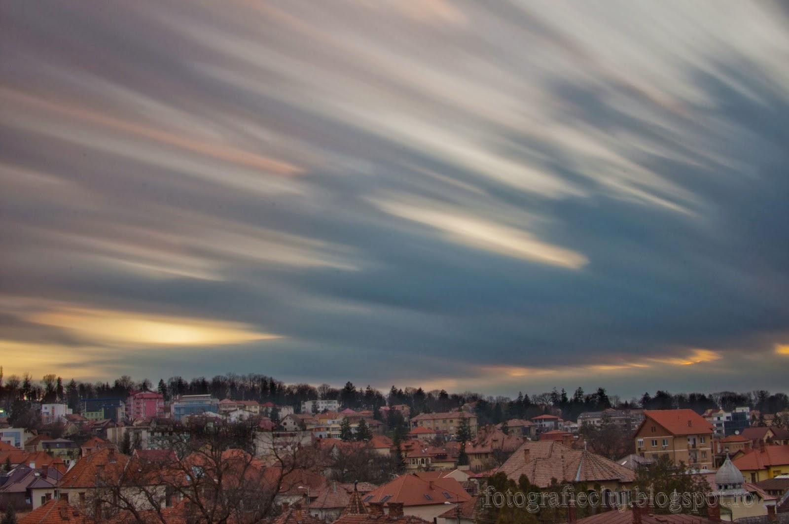 Trecerea norilor pe cer, fotografiată cu filtrul cu densitate neutră Hoya NDX400 _DSC8293