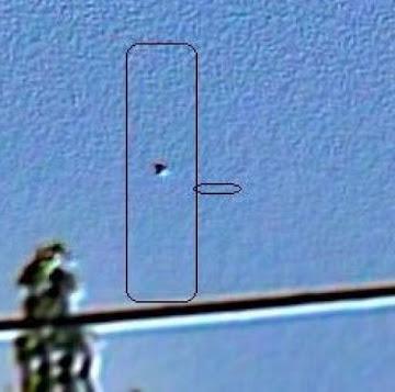 UFO.F.VARELA.2011.R.B.Q.