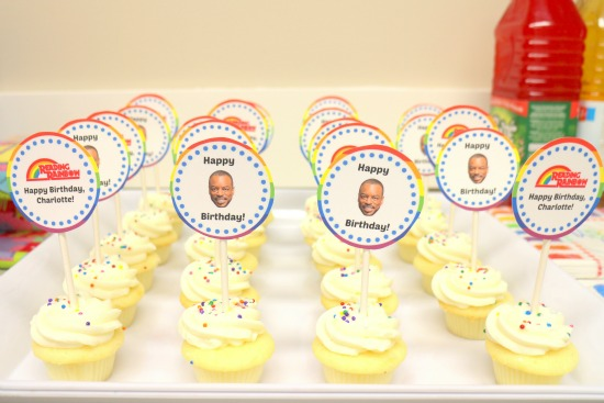 A Reading Rainbow birthday party - lots of ideas AND free printables!