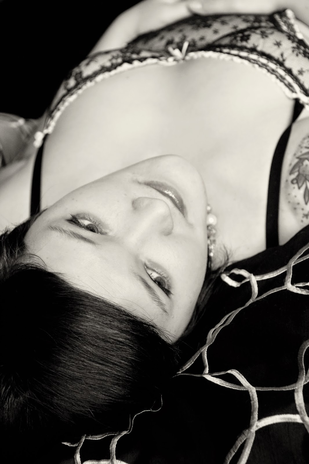 boudoir photo shoot eau claire wi