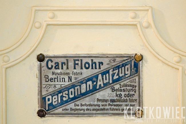 Wrocław: przedwojenna winda z wytwórni Carl Flohr Berlin