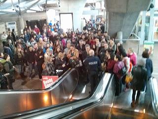 translink vancouver skytrain delay 3