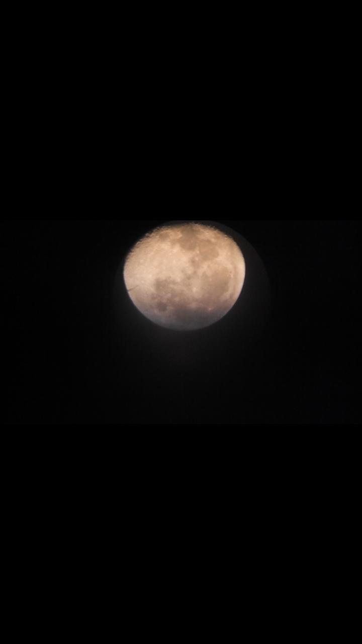 memotret bulan
