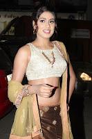 Manisha Yadav wet navel 1