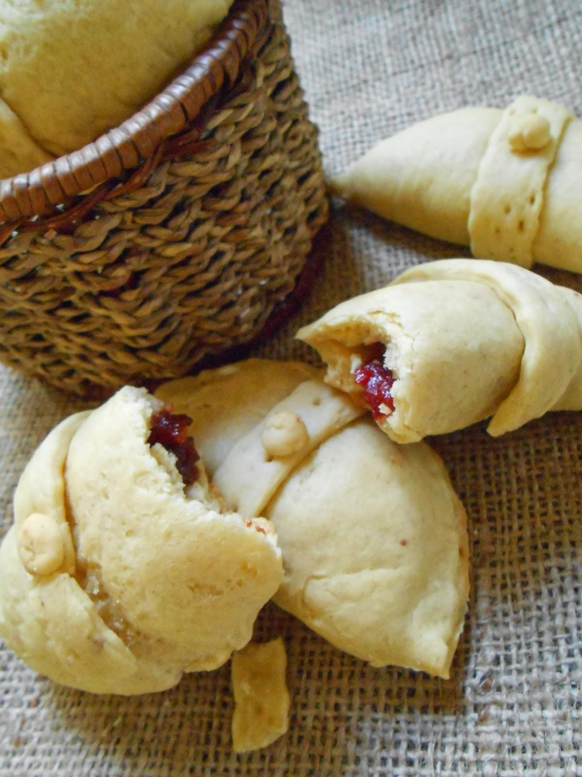 Cocina chilena recetas caseras empanadas de dulce de - Hacer membrillo casero ...