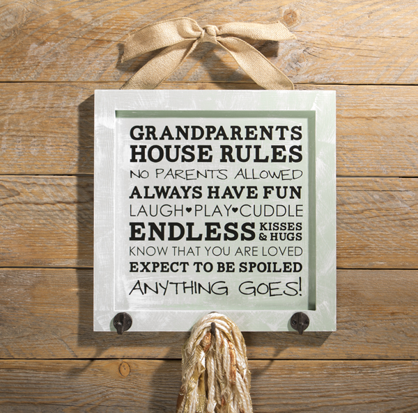 Grandparents Rules @craftsavvy @sarahowens #craftwarehouse #vinyl #houserules #diy #homedecor