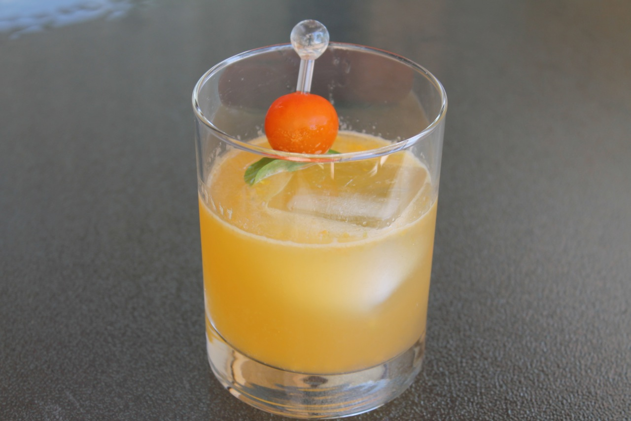 Cook In / Dine Out: Summer Fling Cocktail