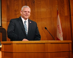 Pastor Bob Hugan