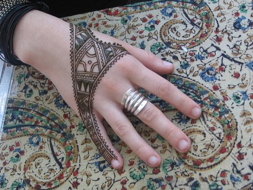Mehendi Desgins for Actresses, Indian & Pakistani Mehendi Designs