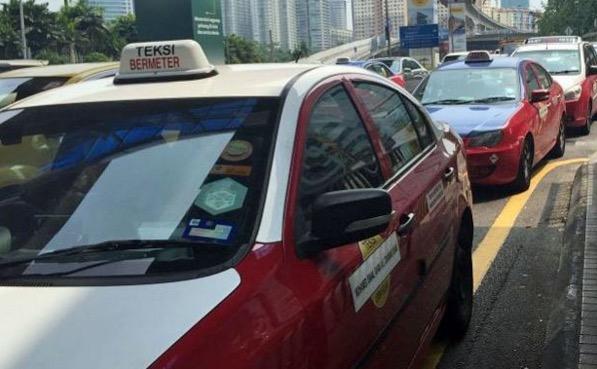 SPAD Nasihat Pemandu Teksi Supaya Berhenti Protes Uber, Grabcar dan Tingkatkan Servis