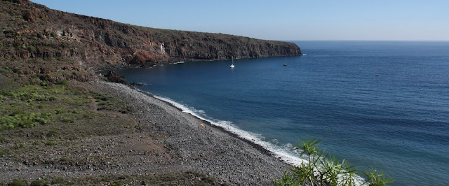 Playa nudista Chinguarime (La Gomera)