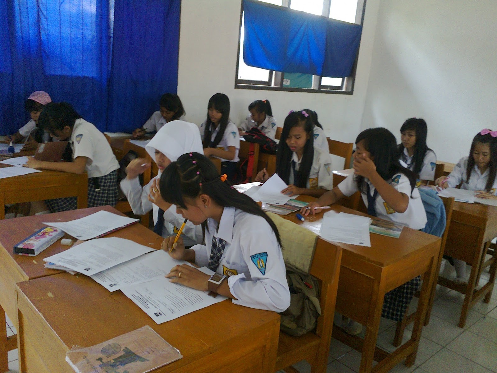 Js Aries Blog Soal Ulangan Harian Pkn Kelas Ix Ototomi Daerah