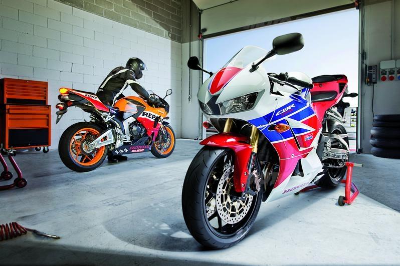 2013 CBR 600 Honda-cbr600rr-2013-01