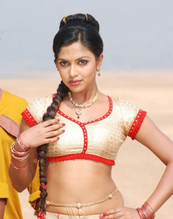Amala Paul In Vettai Tamil Movie Hot Photos Latest Stills glamour images