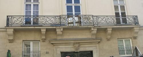 Balcon du 50 rue de Turenne à Paris