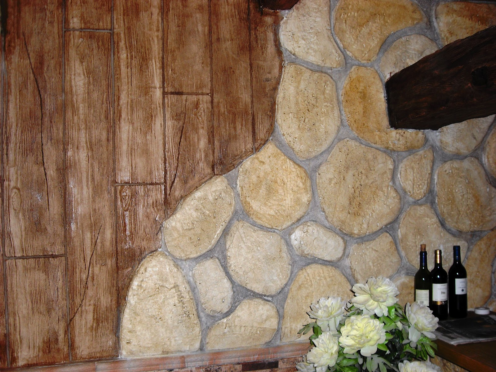 Piedras y maderas artificiales javier lude a tlf - Piedra decorativa interior ...