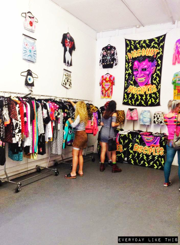 discount universe pop up sale melbourne warehouse designer