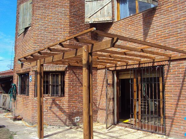 La madera y sus creaciones pergolas y estructuras - Pergolas de troncos ...