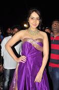 rashi khanna new sizzling pics-thumbnail-6