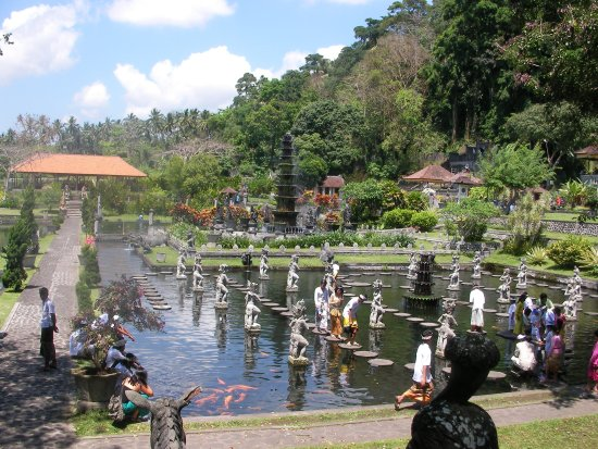 Tirta Gangga Park