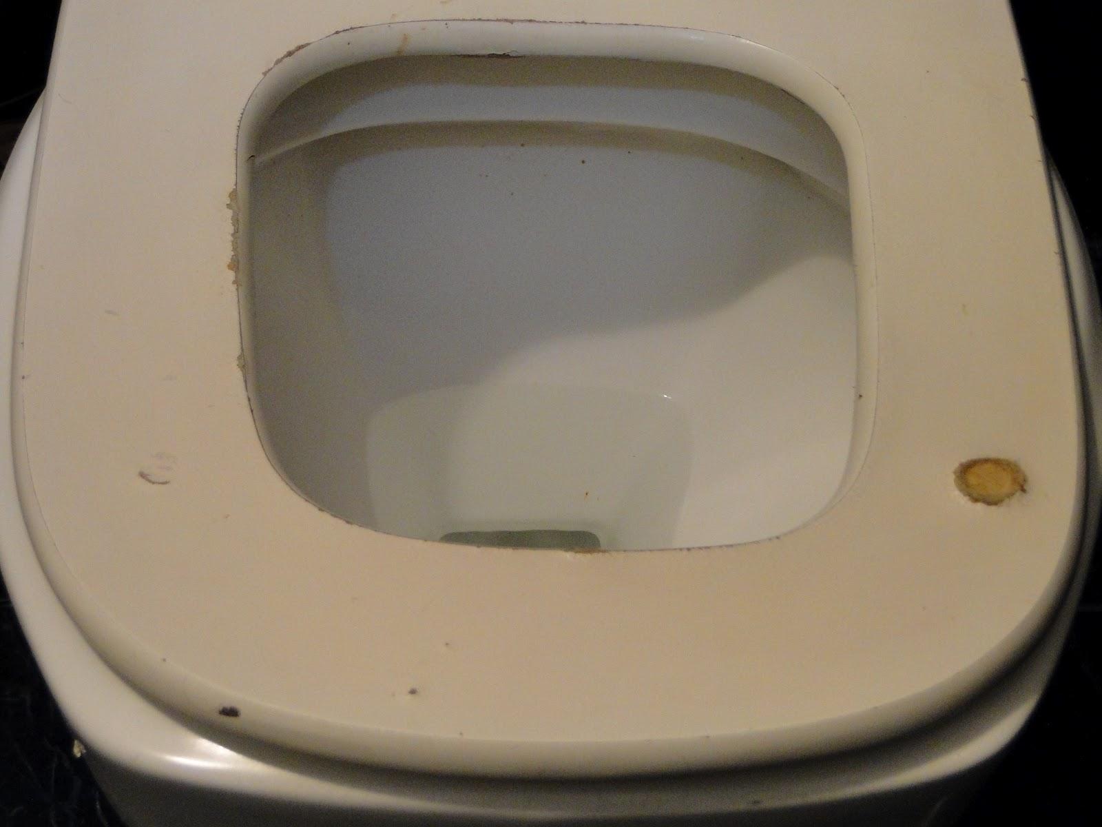 banheiro masculino apresente mictórios bem organizados porém a  #826749 1600 1200