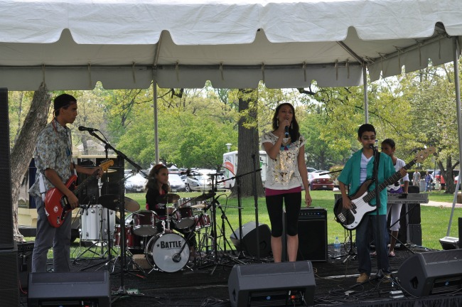 Queens Over Kings family band