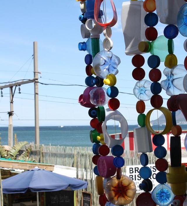 5 Sinos dos ventos feitos com tampinnhas de garrafas