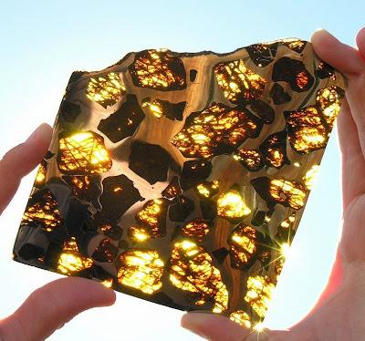 Красивый метеорит «Фукан» + Студийные фотографии Челябинского метеорита «Чебаркуль»