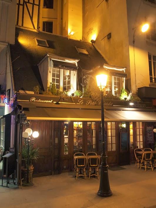 Le Petit Châtolet restaurant - Rue de la Bûcherie, Paris