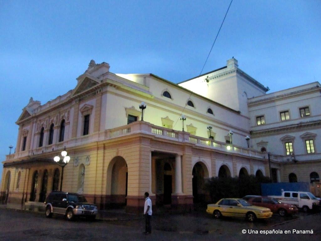 teatro nacional panama