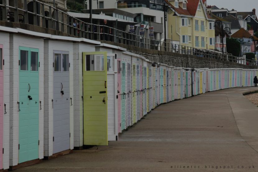 lifestyle, Lyme Regis, sea, seaside, weekend away, travel, UK, UK travel, afternoon tea, fish and chips, coast