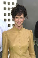 Jennifer Love Hewitt With Wispy Side-Swept Bangs