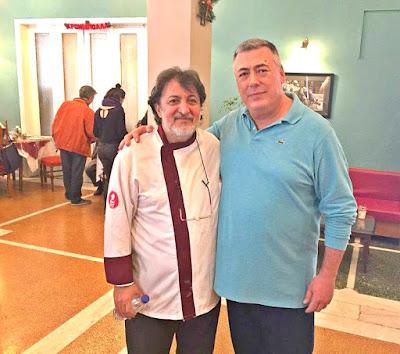 Με τον Καβαλιώτη  chef  Νίκο Φωτιάδη  που έχει στο ενεργητικό του αστέρι  Michelin :