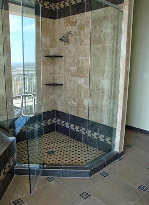 contoh pengaruh motif keramik terhadap ukuran luas kamar mandi