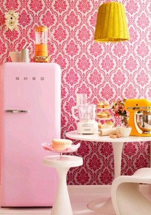 En color rosa