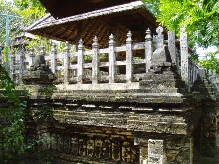 Makam Sunan Drajat : Tempat wisata di lamongan bernilai religi