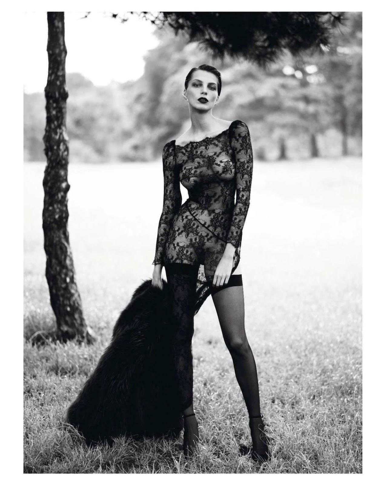 Paris Vogue - September 2012Vogue September 2012