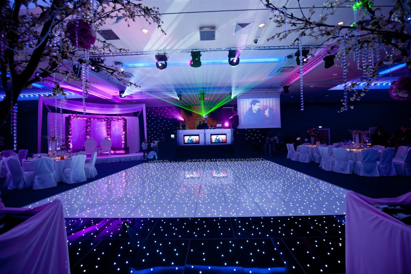 Maz S Blog Our Favourite In Asian Wedding Decorations In