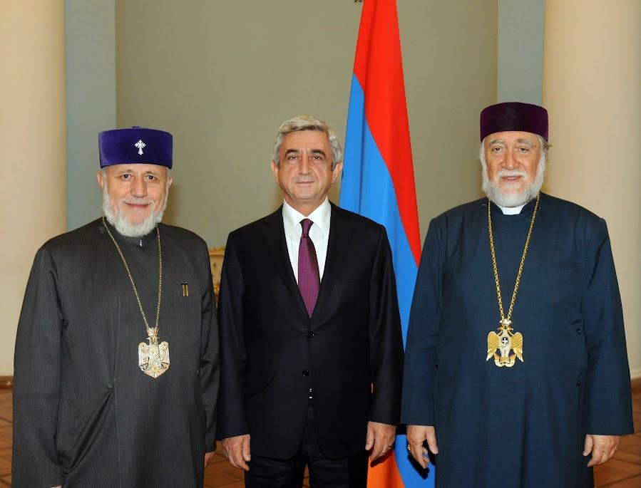 Karekin II y Aram I asistirían Liturgia del Genocidio Armenio en Roma con el Papa