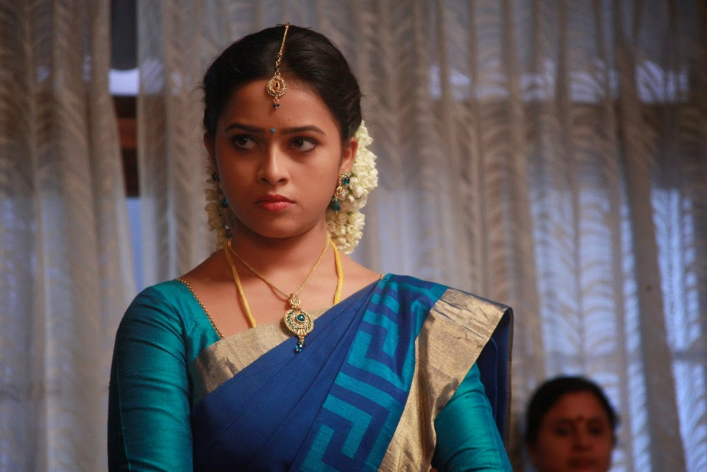 Sri Divya latest glamorous photos-HQ-Photo-2