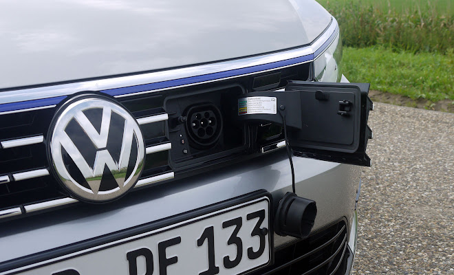 VW Passat GTE charging socket