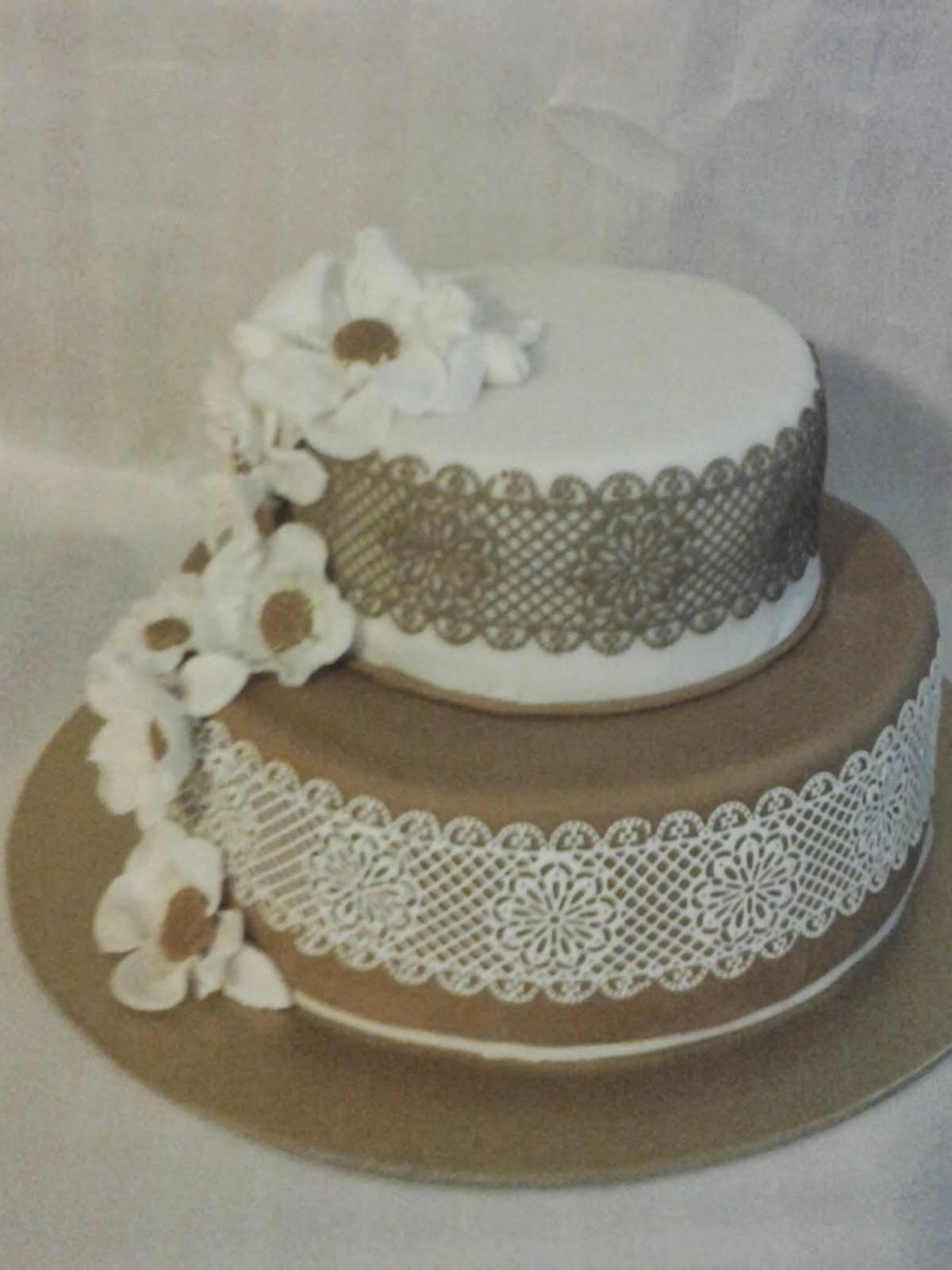 Torta hnedo-biela