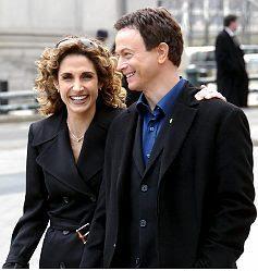 Stella Bonasera e Mac Taylor CSI New York