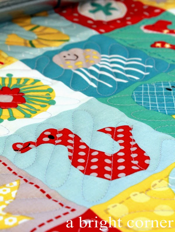 Alternating squiggly line quilting