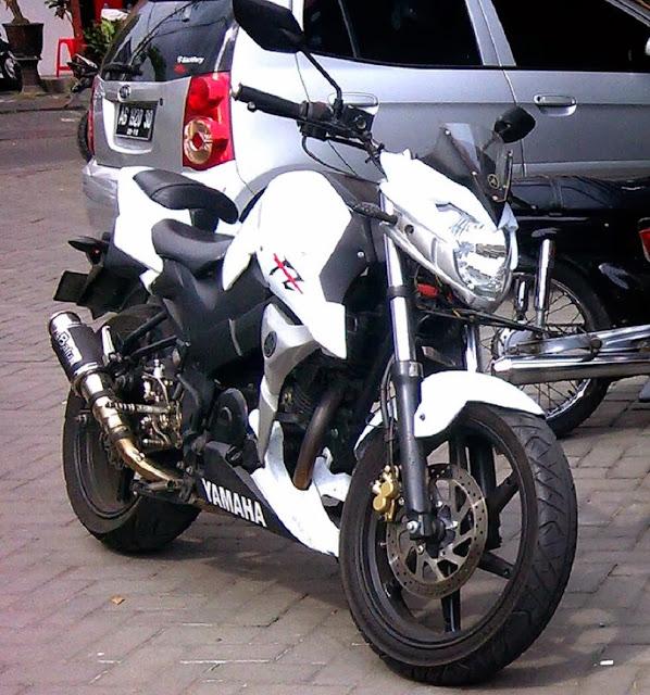 Modifikasi Yamaha Byson Aliran Fighter