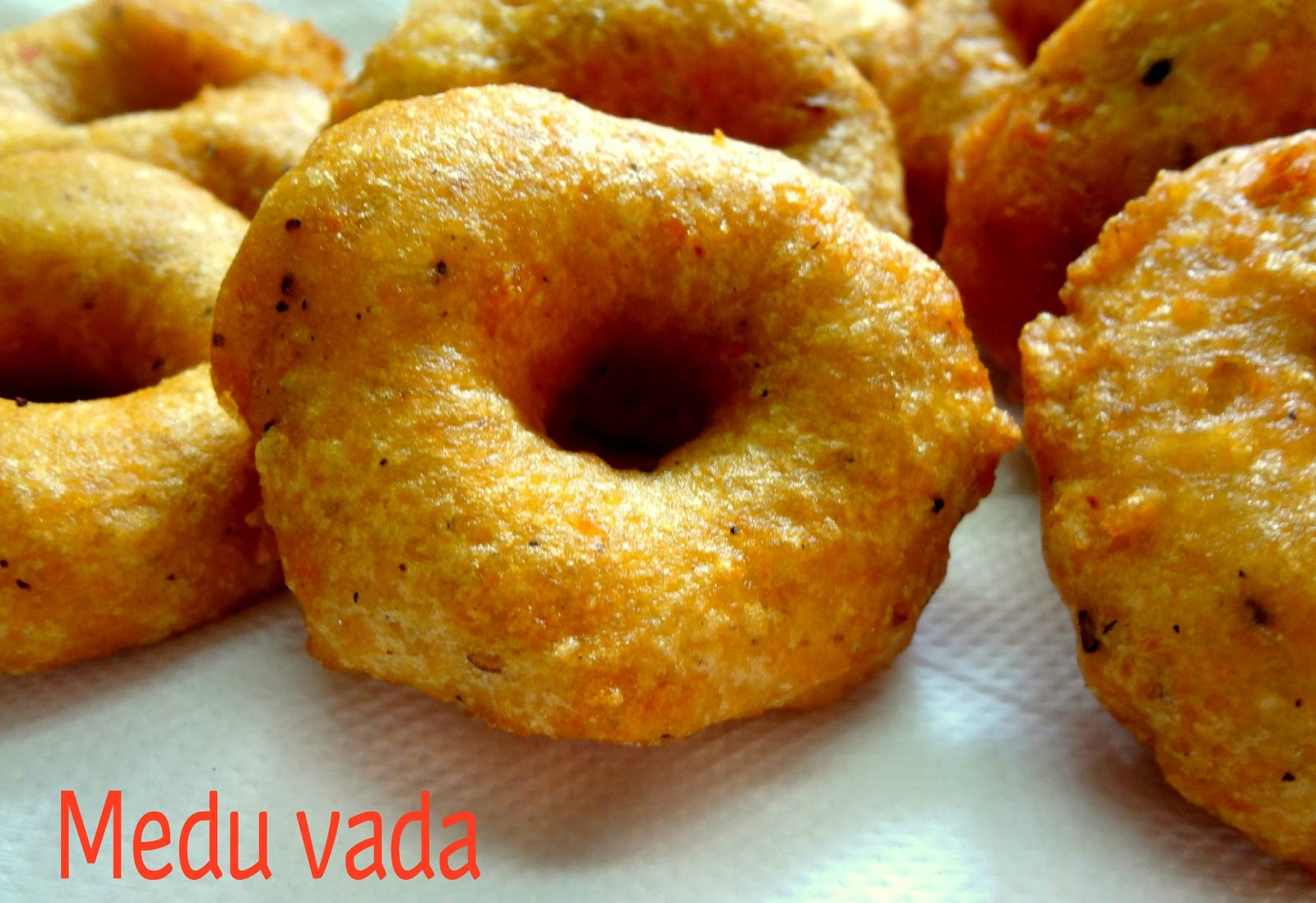 how to make medu vada in hindi