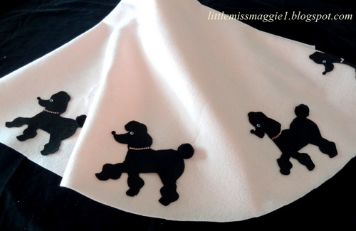 Littlemissmaggie poodle skirt style table topper for Poodle skirt applique template