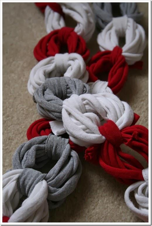 DIY: bufanda con cadeneta de tiras de camiseta