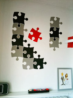 Decorate with pieces of puzzle